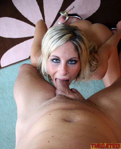 courtney simpson sucks dick1