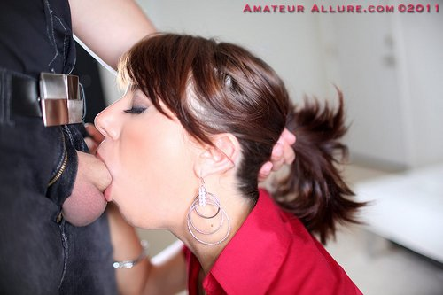 amateur allure babe natalia sucking cock deep throating 2